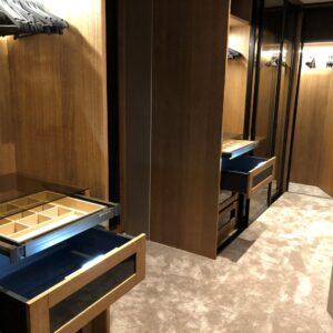 Oak veneer walk-in -wardrobe
